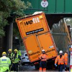 LGA Urge Lorry Drivers To Use Commercial SatNav