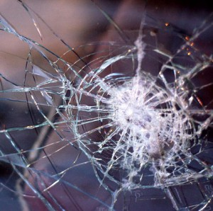 Windscreen-broken window-glass-fleet news