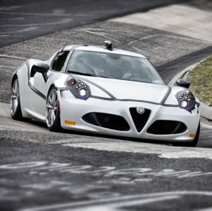 Alfa-Romeo-4C-new-fleet-cars