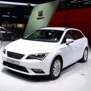 Seat-Leon-Ecomotive-new-fleet-cars