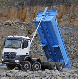 Mercedes-Benz-Arocs-new-fleet-cars