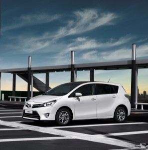 Toyota-Verso-new-fleet-cars