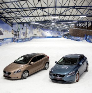 Volvo-V40-snow-fleet-cars