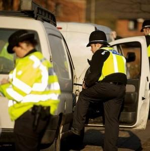 Police-van-police van-searching van-fleet news