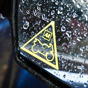 AA-Think-Bikes-Campaign-wing-mirror-cycling-safety-aathinkbikes-fleet-news