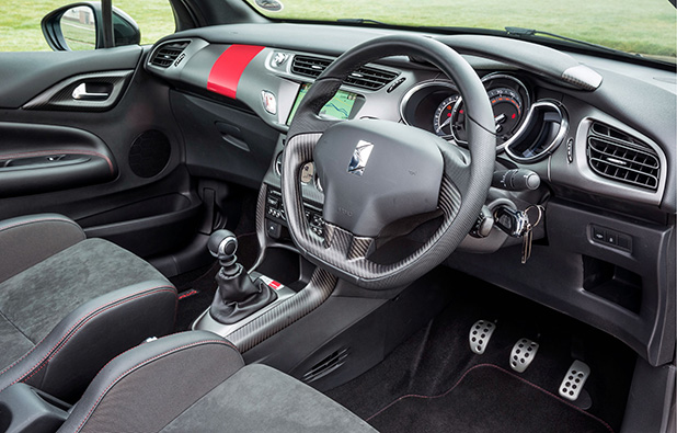 Citroen-DS3-Cabrio-Racing-interior-new-fleet-cars
