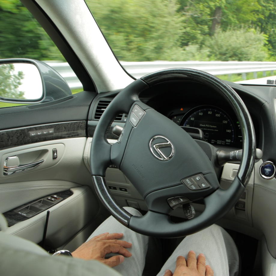 Lexus-Toyota-steering-technology