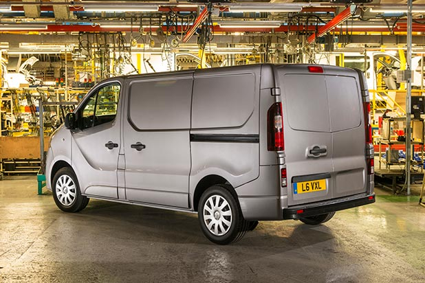Vauxhall-Vivaro-side-new-fleet-vans