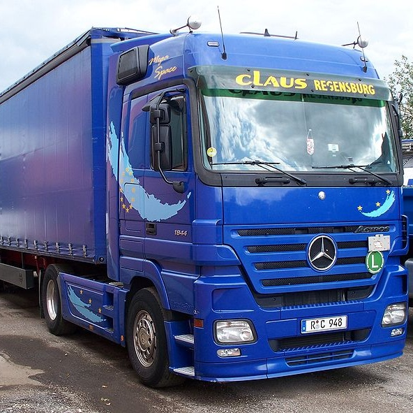 Mercedes-BenzTruck