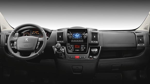 Peugeot-Boxer-interior-fleet-news