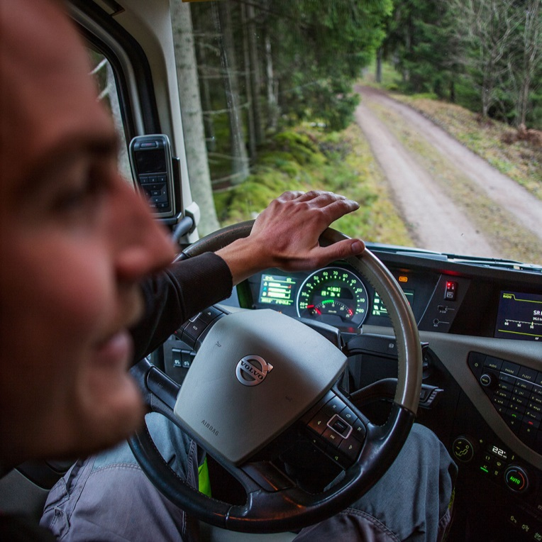 Truck-driver-Volvo-lorry-HGV-fleet-news
