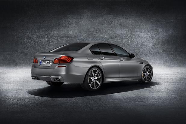 BMW-M5-30-Jahre-Edition-side