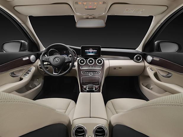 Mercedes-C-Class-Estate-interior-fleet-cars
