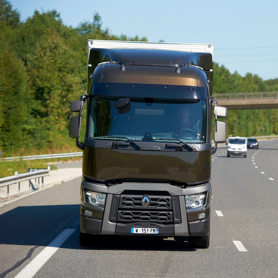 Renault Trucks: Support Safer Lorry Design, Government Urged