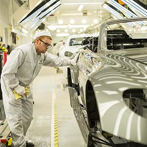 Aston-Martin-manufacturing-fleet-news