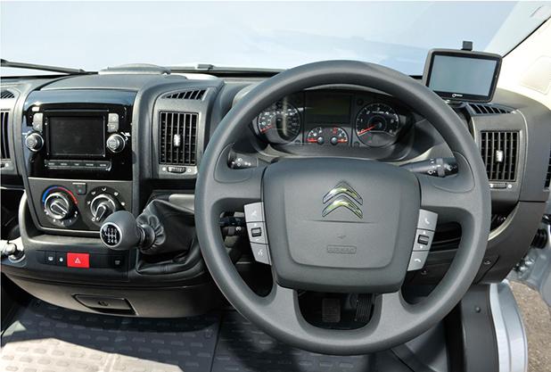 Citroen-Relay-fleet-vans-interior