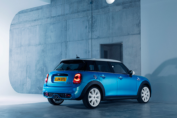Mini-Hatch-five-door-back-fleet-news