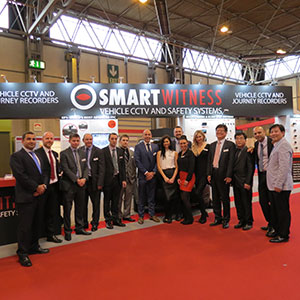 Simon-Marsh-SmartWitness-team-at-CV-show-