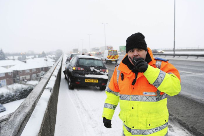 HA0454. Feb 09. Traffic officer during severe Weather in West Midlands