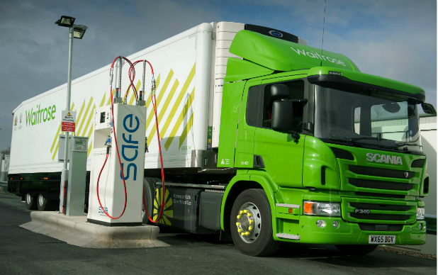 16-6 Waitrose lorry