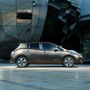 nissan lithium-ion
