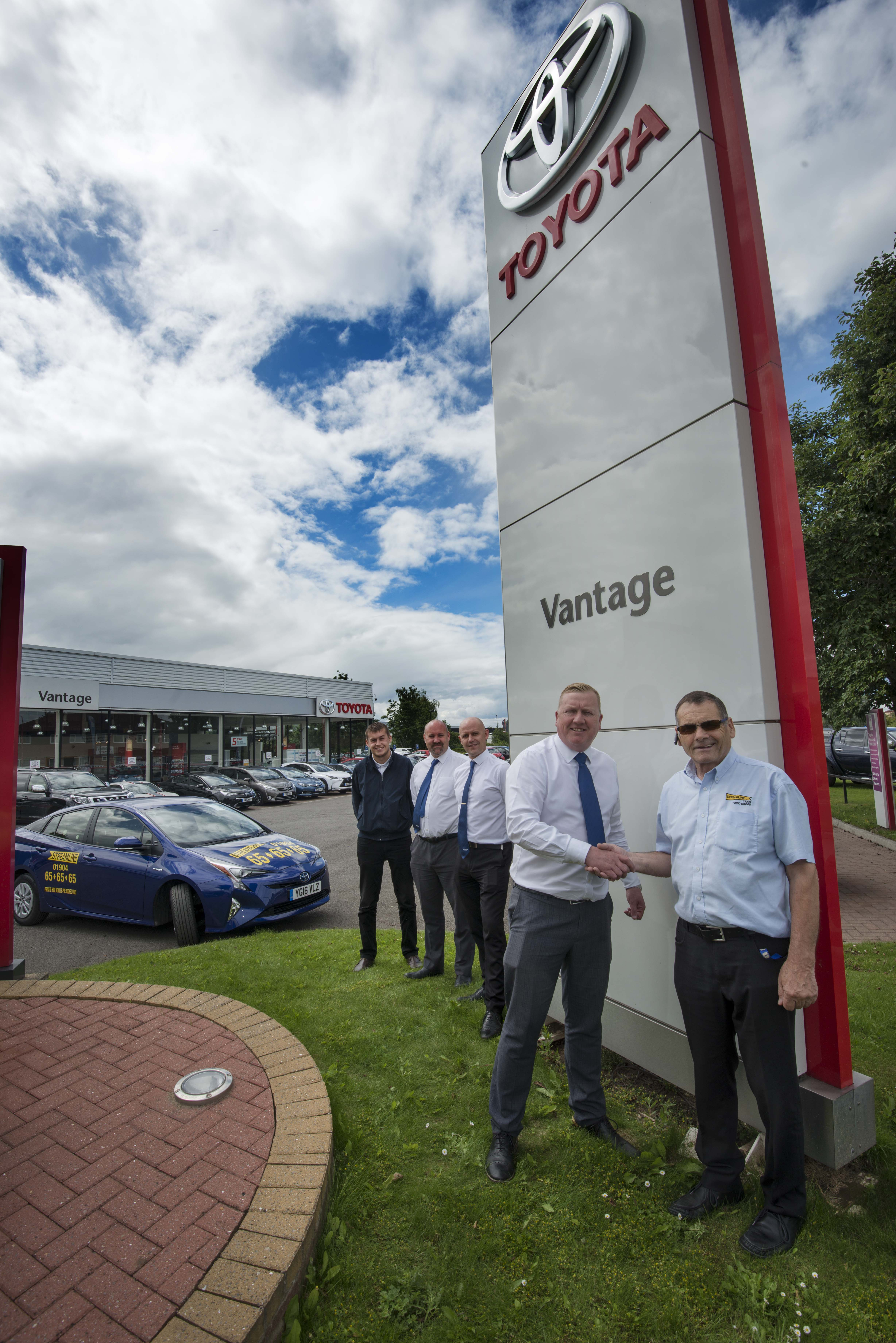 13 july 2016. Celebrating the link-up between Vantage Toyota, York, and York based taxi firm Streamline are, from the right, David Rhodes (Chairman of Streamline), Glen Ramskill (Centre Principal at Toyota York), Mark Chapman and Tom Wash (from Vantage), and Streamline driver Ben Wilson.