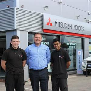 Mitsubishi dealer work ex