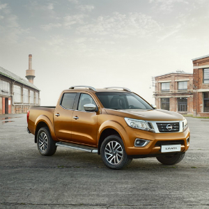 874230ax_NAVARA_2016_DC_-_LHD_Print_Visual_for_Double_Page_Ad