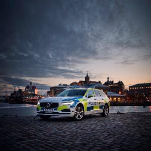 volvo V90 estate police car