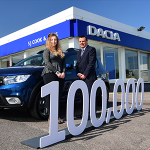 Dacia celebrates 100,000 modles sold in the UK