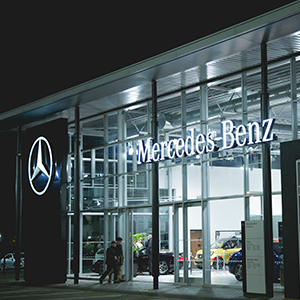 Mercedes-Benz Wins Top Fleet Aftersales Award