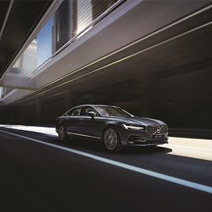 First China-built Volvo S90 saloons arrive in Europe