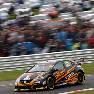 Croft Awaits Title-Chasing Duo As BTCC Races