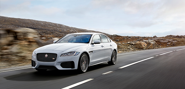 Jaguar XF Voted New Car Of The Year