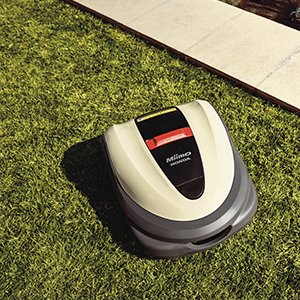Robot Mowers and Cordless Handhelds Point to the Future for Honda