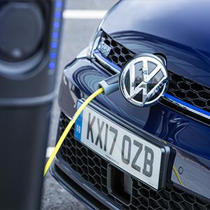 Volkswagen Advert Unbuttons Exciting Hybrid
