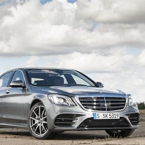 New Mercedes-Benz S-Class named Best Luxury Car by Parkers