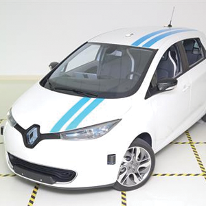 Groupe Renault Debuts a World's First