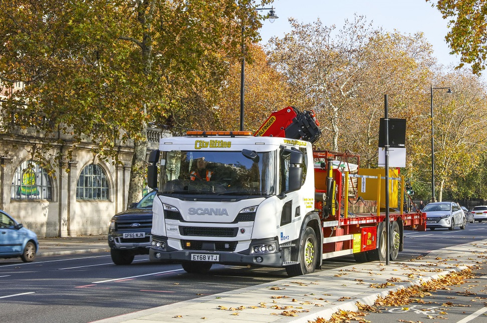 The UK's first Scania L-series enters service - FleetPoint