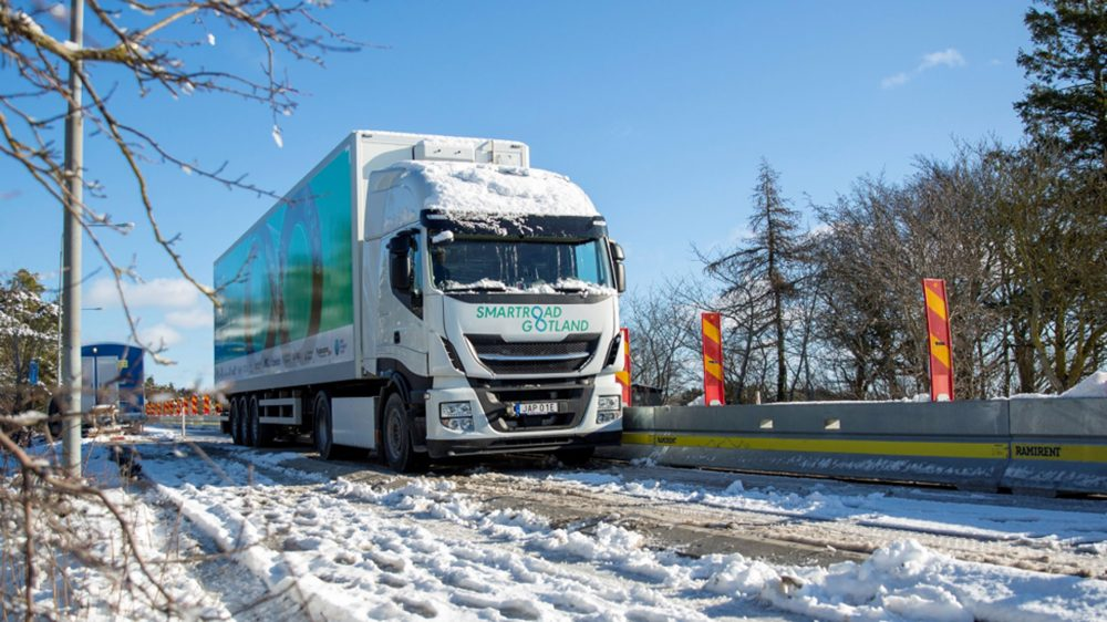 The Smartroad Gotland solution uses big electric coils in the roadway to transfer the power wirelessly to the vehicle