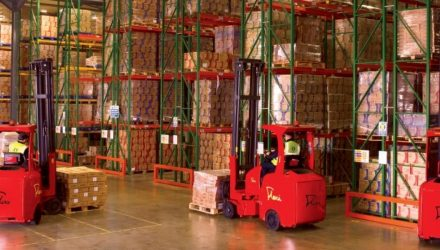 FlexiTruck operating in a warehouse